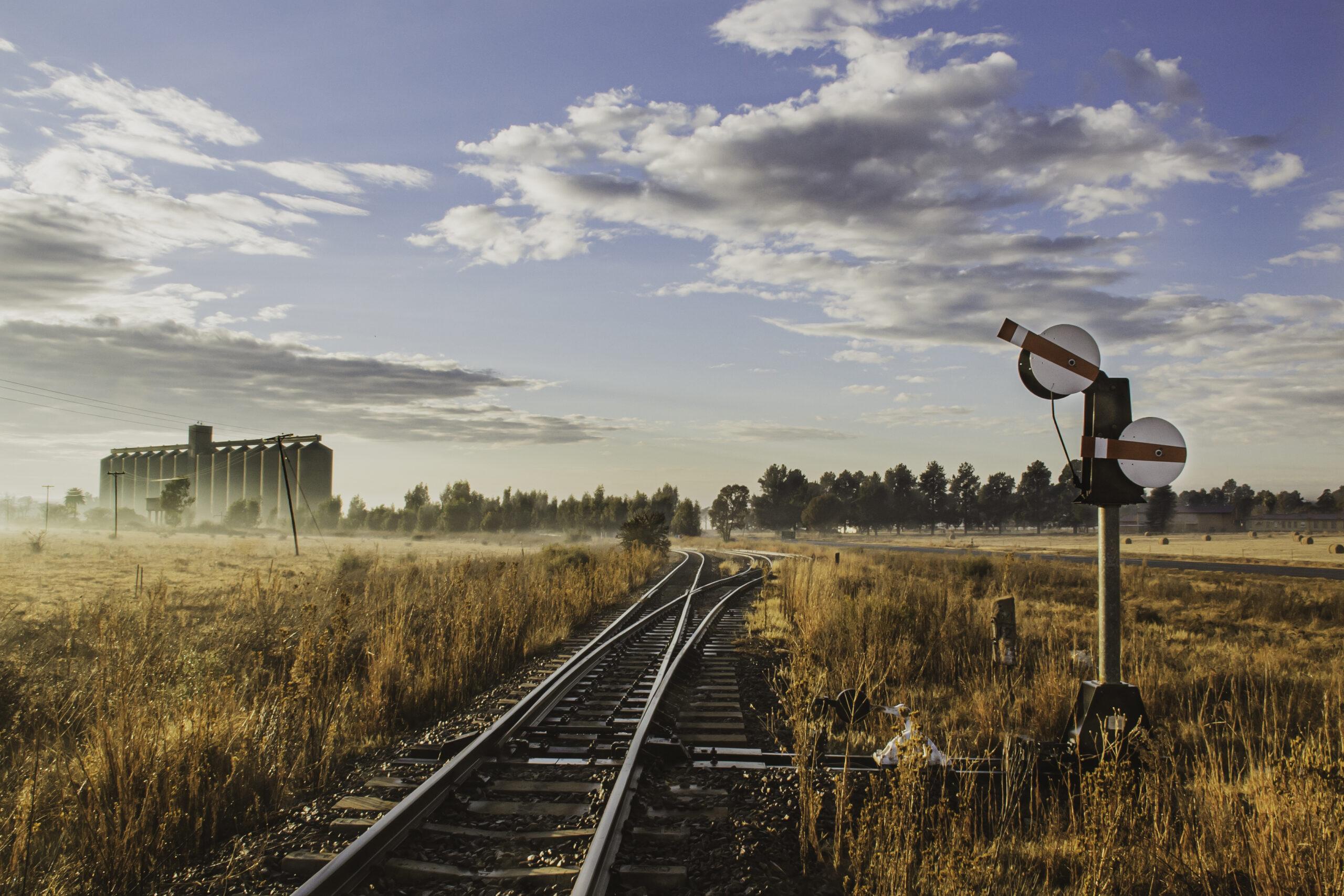 Rails and grain storage